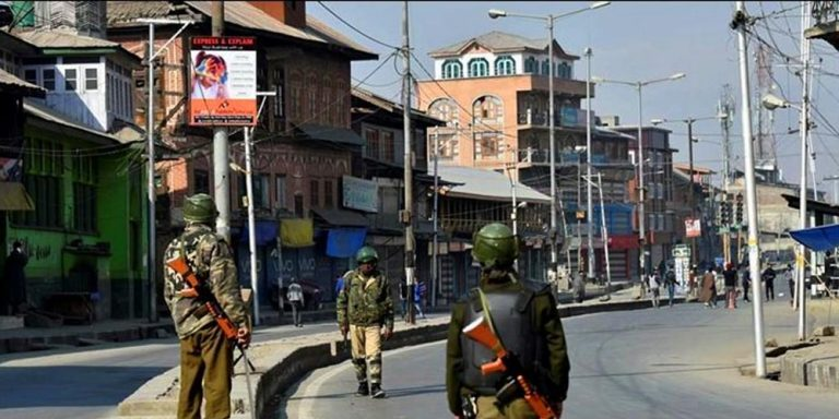 Lockdown in Kashmir continues for 35th day