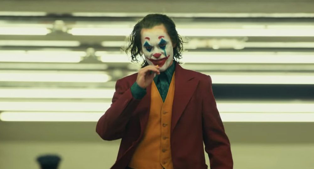 Joker receives 8-miute standing ovation at the premier