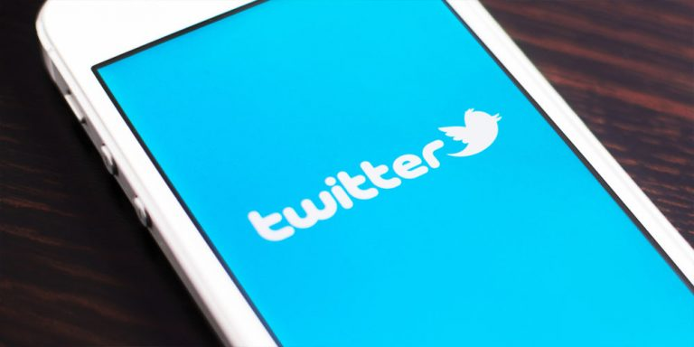 Twitter lets users sideline unwanted direct messages