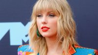 Taylor Swift to Receive First-Ever Woman of the Decade Award
